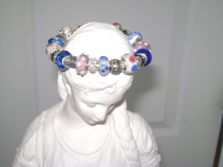 Blue, pink, & White Removable Beads Necklace.