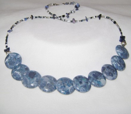 "Beautiful Blue Stone Overlapping Patterned 27"" Necklace $ 64"